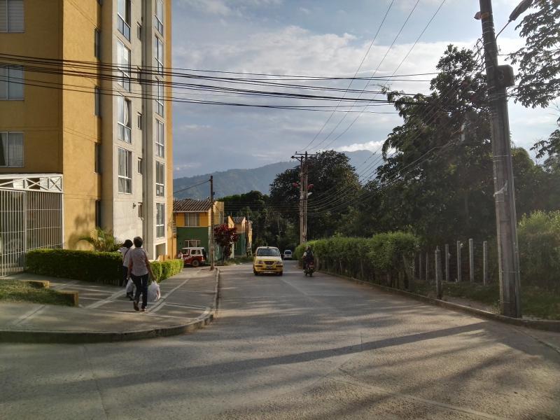 foto del inmueble en ibague FUENTE DE LOS ROSALES PISO 9