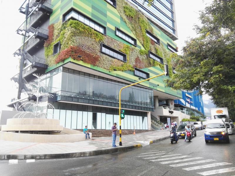 foto del inmueble en ibague CENTRO COMERCIAL ACQUA PISO 6