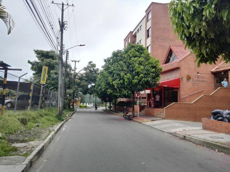 foto del inmueble en ibague C.R TORREMOLINOS PISO 4 SIN ASCENSOR