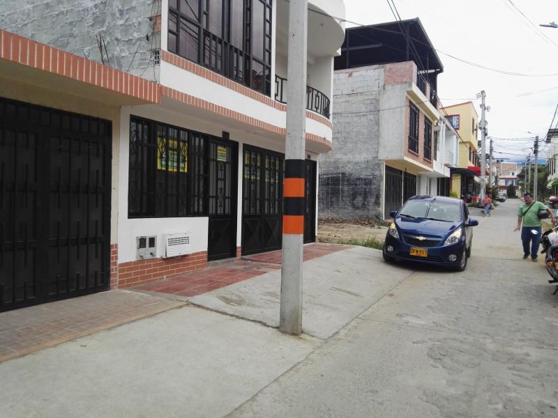 foto del inmueble en ibague PRADERAS DE SANTA RITA ETAPA III PRIMER PISO