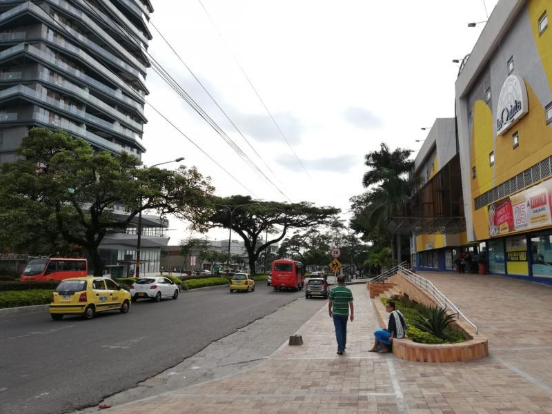 foto del inmueble en ibague CENTRO COMERCIAL LA QUINTA PISO 1