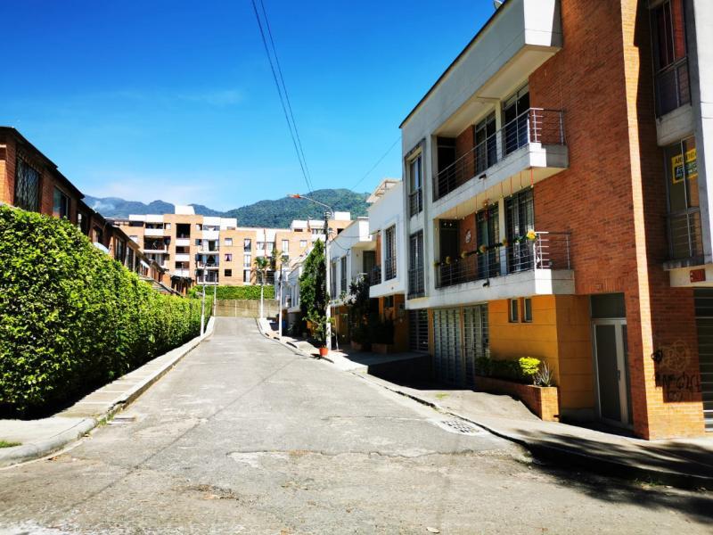 foto del inmueble en ibague PASEO SAN FRANCISCO PISO 2