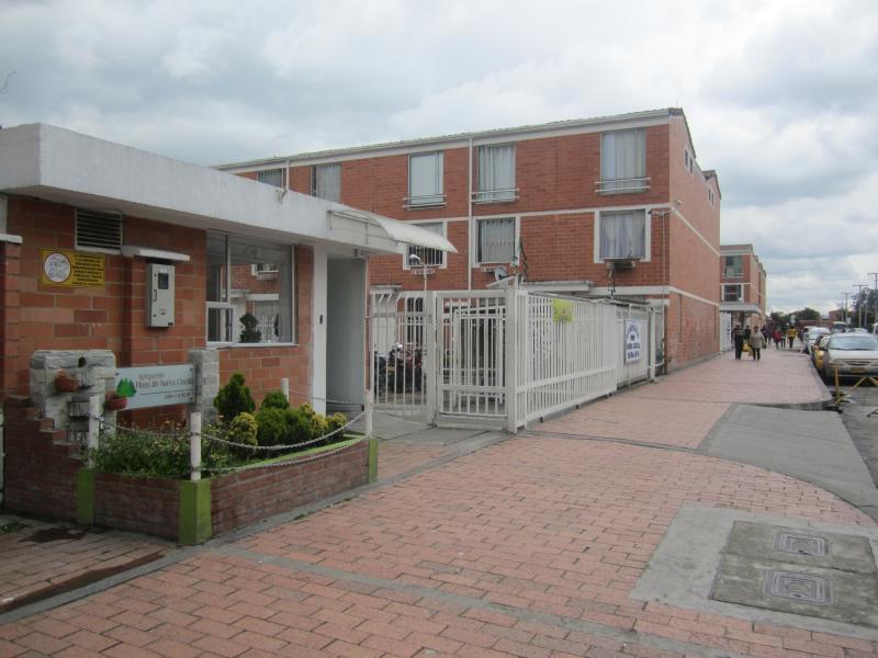 Casa En Arriendo venta En Bogota El Tintal - 2 alcobas - 1 baño c56335a40eb