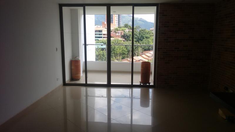 http://pictures.domus.la/inmobiliaria_294/412_0_12313631.jpg