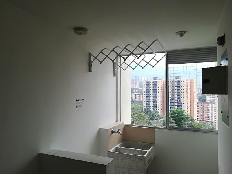 http://pictures.domus.la/inmobiliaria_294/731_0_36973397.jpeg
