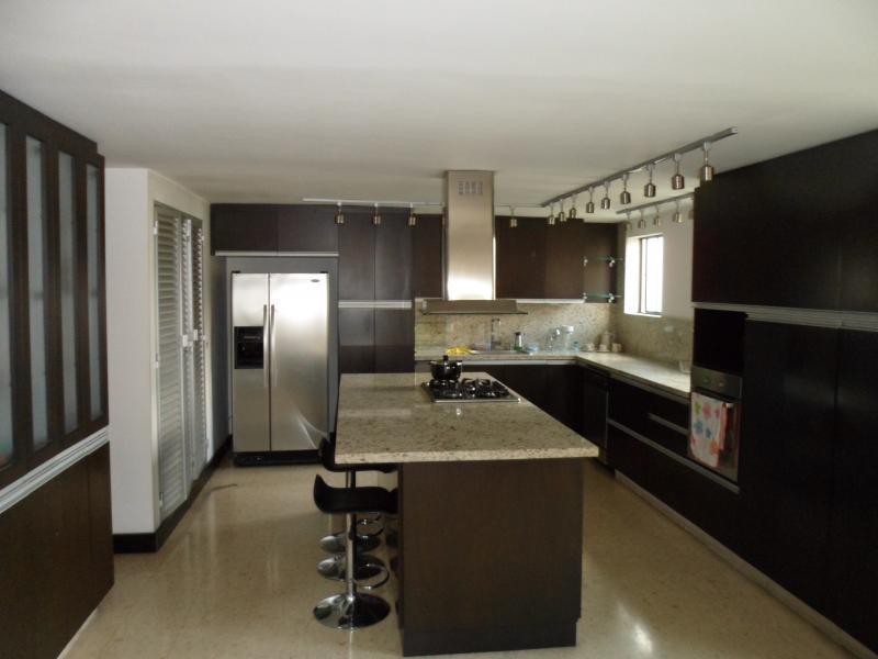 http://pictures.domus.la/inmobiliaria_294/732_12_81879395.jpg