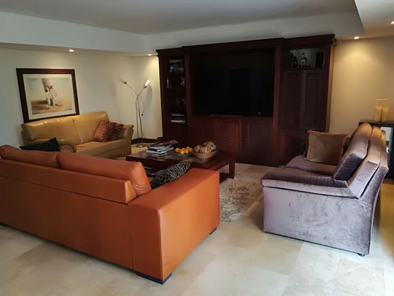 http://pictures.domus.la/inmobiliaria_294/735_0_17218805.jpeg