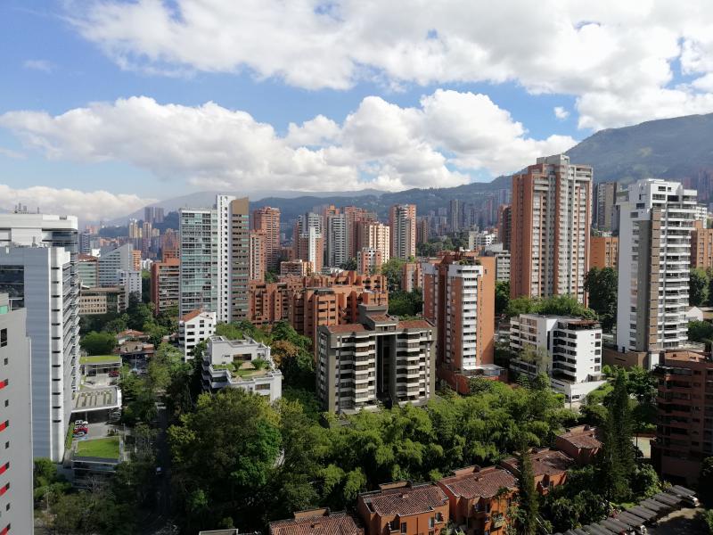 http://pictures.domus.la/inmobiliaria_294/836_0_116227854.jpg