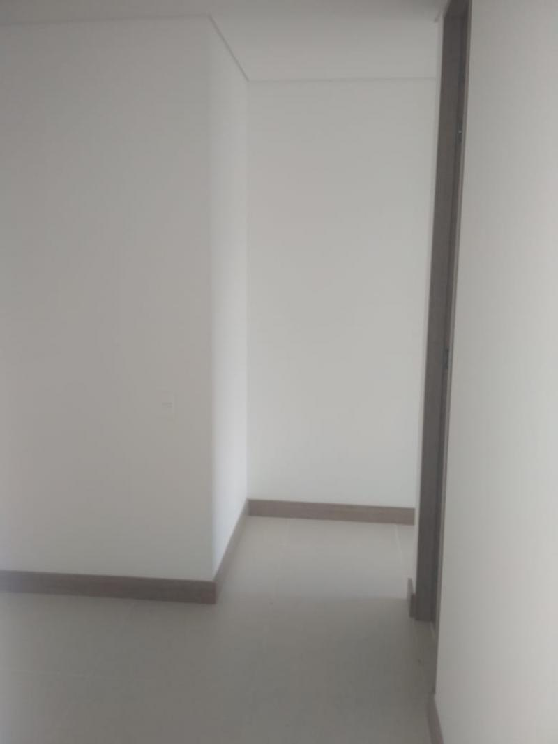 http://pictures.domus.la/inmobiliaria_294/895_0_18729238.jpeg