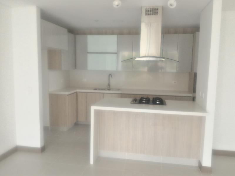 http://pictures.domus.la/inmobiliaria_294/915_18_5690886.jpg