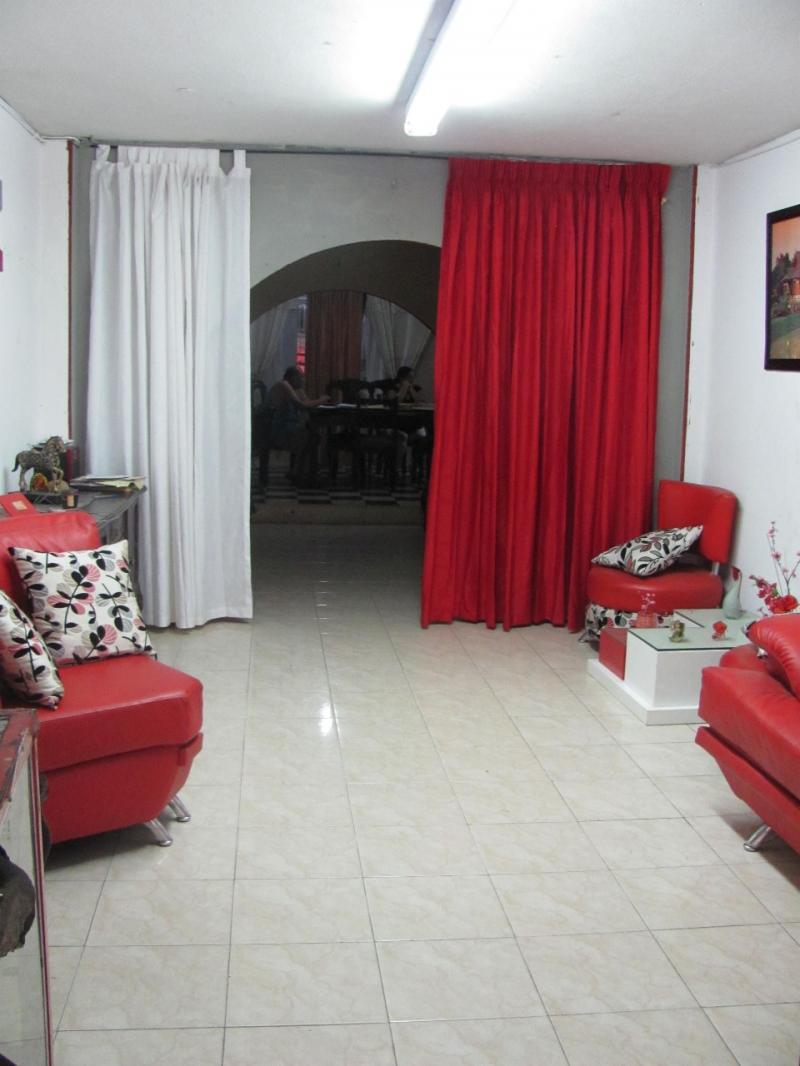 Imagen http://pictures.domus.la/inmobiliaria_301/81773_22_98214264.jpg