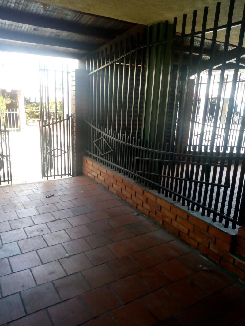 Imagen http://pictures.domus.la/inmobiliaria_301/81781_0_70958177.jpg