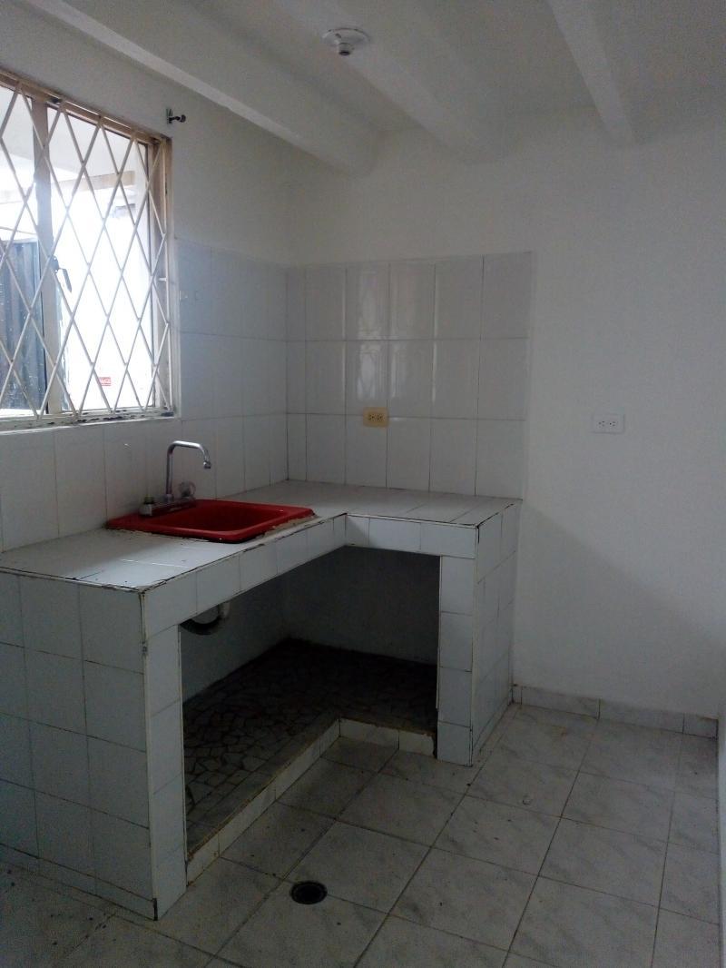 Imagen http://pictures.domus.la/inmobiliaria_301/81781_16_106017993.jpg