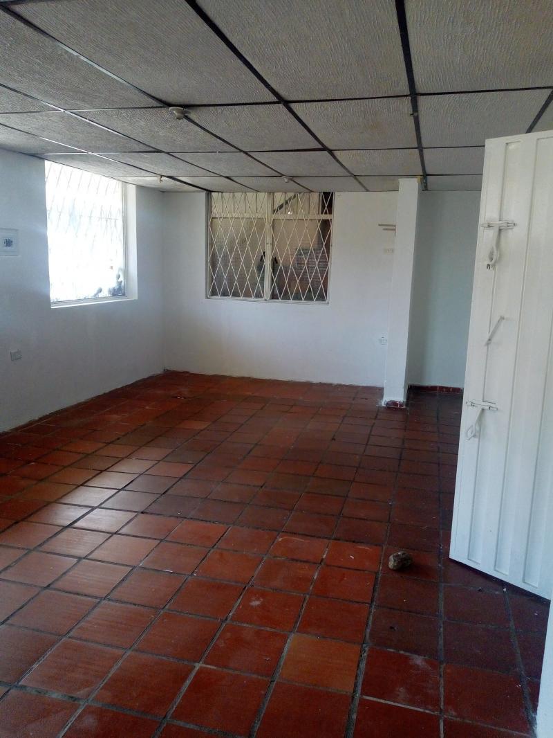 Imagen http://pictures.domus.la/inmobiliaria_301/81781_19_3676651.jpg