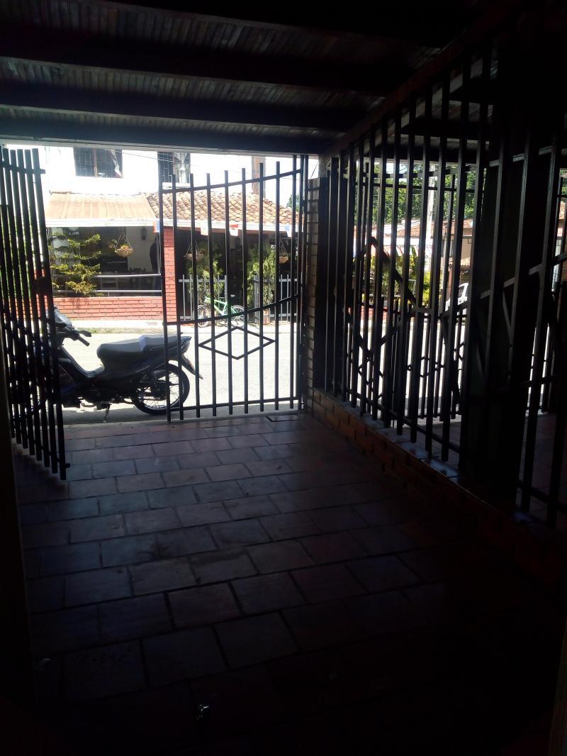 Imagen http://pictures.domus.la/inmobiliaria_301/81781_3_120365482.jpg