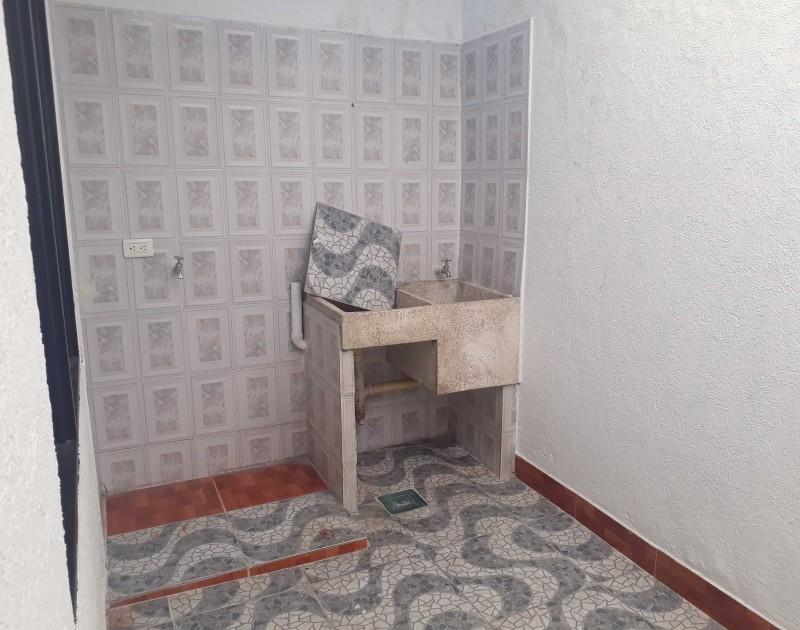 Imagen http://pictures.domus.la/inmobiliaria_301/88552_1_1567090727_1.jpg