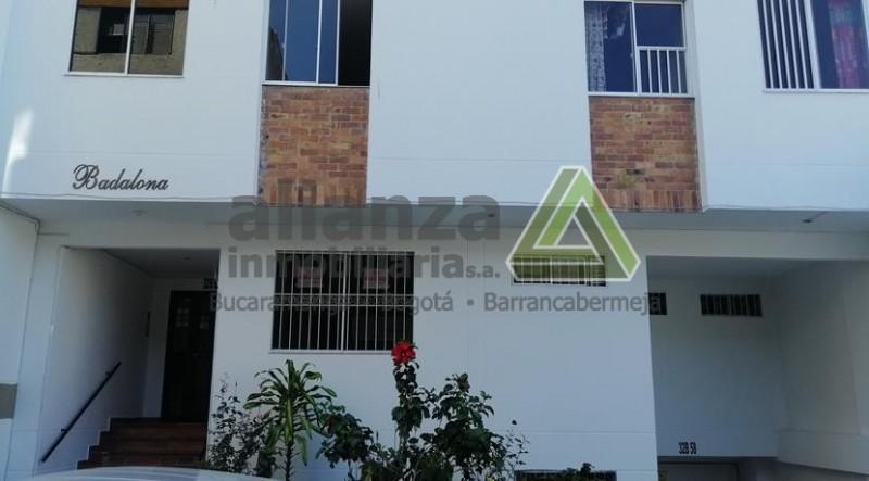 APARTAMENTO UBICADO EN SAN ALONSO, EDIFICIO BADALONIA, EXTERIOR PISO 4, SIN ASCENSOR, CUENTA CON 2 HABITACIONES CON CLOSET, 2 BAÑOS, SALA, COMEDOR, COCINA INTEGRAL, ZONA DE ROPAS, PARQUEADERO CUBIERTO. AGENDE SU CITA, TRAMITE SUPER FÁCIL Y SENCILLO. 1 SOLO DEUDOR SOLIDARIO.