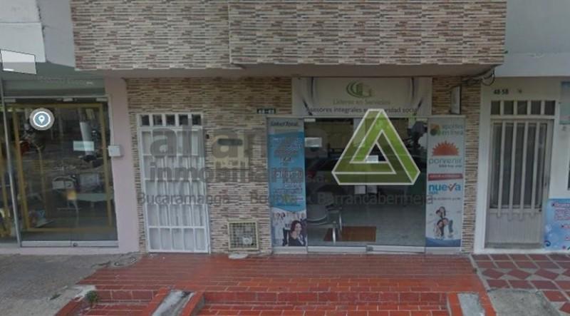 LOCAL UBICADO EN EL SECTOR COMERCIAL BARRIO COLOMBIA CONSTA DE SALOM AMPLIO CON BAÑO Y U N AREA DE 75MT2
