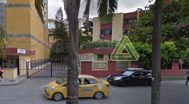 APARTAMENTO UBICADO EN EL CONJUNTO MUTIFAMILIAR CAVIPETROL I CONSTA DE SALA, COMEDOR, COCINA SEMINTEGRAL, 4 HABITACIONES CON  CLOSET, 4 AIRES ACONDICIOANDOS, 5 VENTILADORES, 3  BAÑOS, 1 ESTUDIO, TERREZA, GARAJE