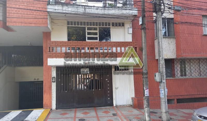 Apartamento San Alonso, 3 alcobas con closet, 2 baños, cocina integral, sala, comedor, 96 mts, parqueadero comunal.