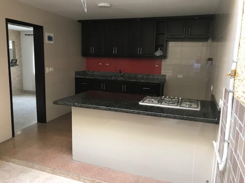 Casa En Arriendo En Medellin La Castellana APRB292649 - 4 habitaciones - 2  baños abcde5b4458
