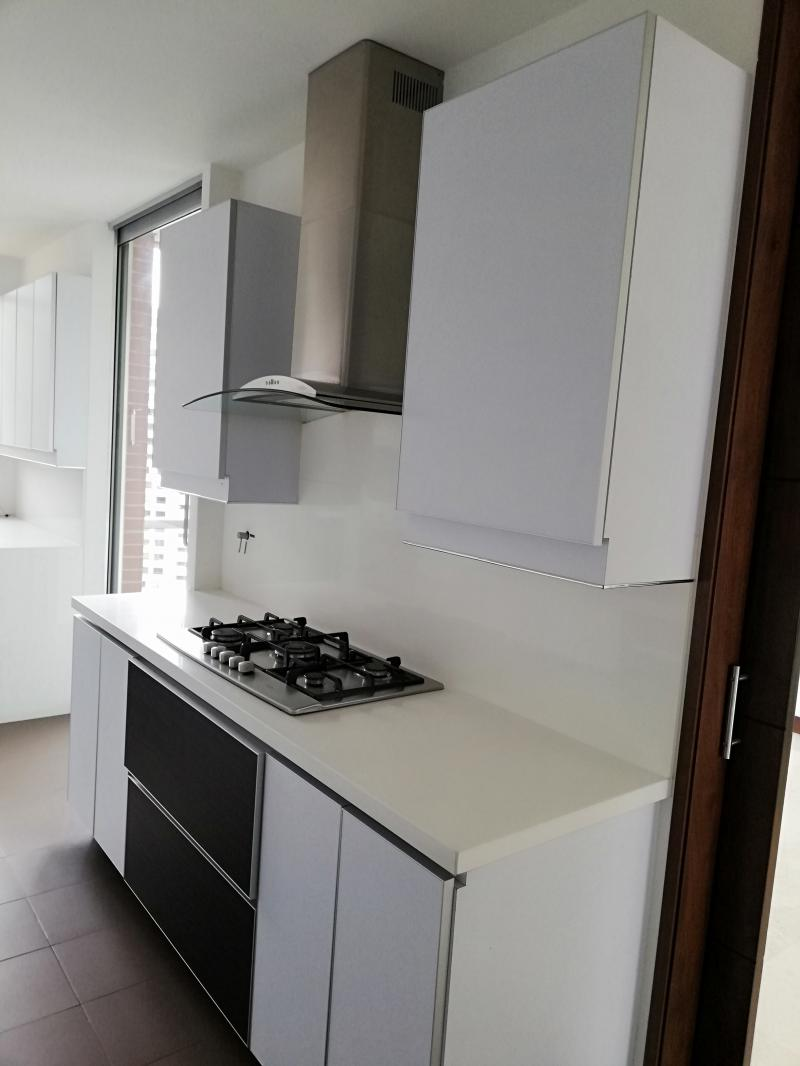 https://pictures.domus.la/inmobiliaria_294/1048_1_6850126.jpg