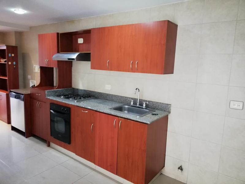 https://pictures.domus.la/inmobiliaria_294/1290_25_75983913.jpg