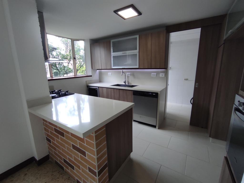 https://pictures.domus.la/inmobiliaria_294/1539_25_19365400.jpg