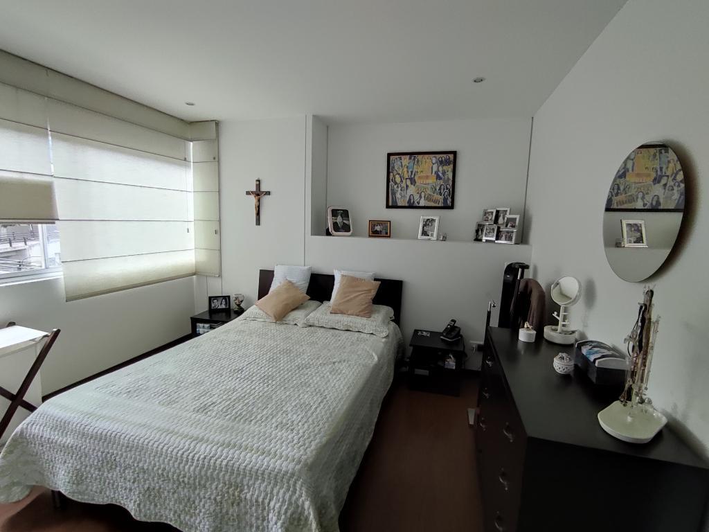 https://pictures.domus.la/inmobiliaria_294/1556_0_27355687.jpg