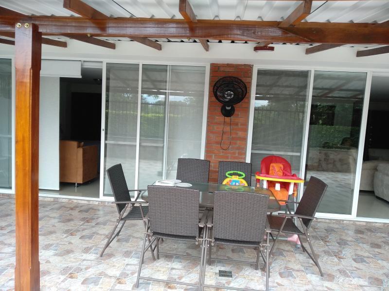 Imagen https://pictures.domus.la/inmobiliaria_301/85226_0_115559606.jpg