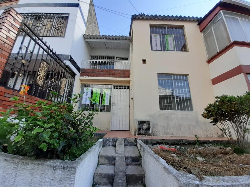 Casa en Ciudad Venecia