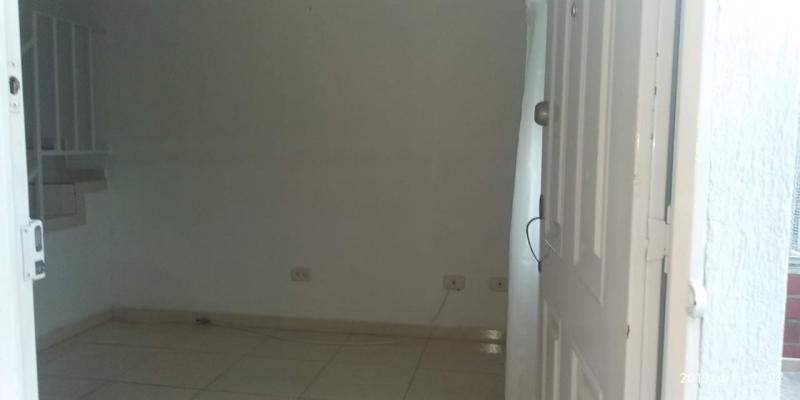 Imagen https://pictures.domus.la/inmobiliaria_301/86390_18_90897829.jpg