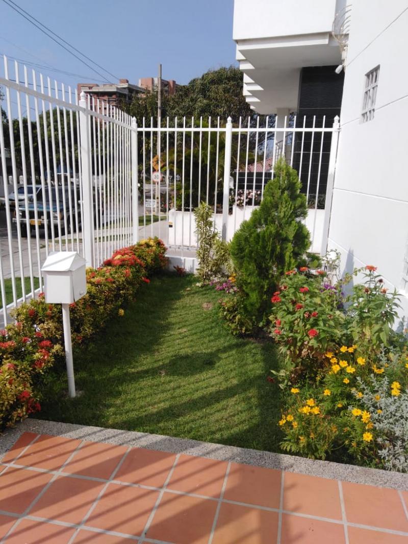 Imagen https://pictures.domus.la/inmobiliaria_301/86482_5_104154517.jpeg