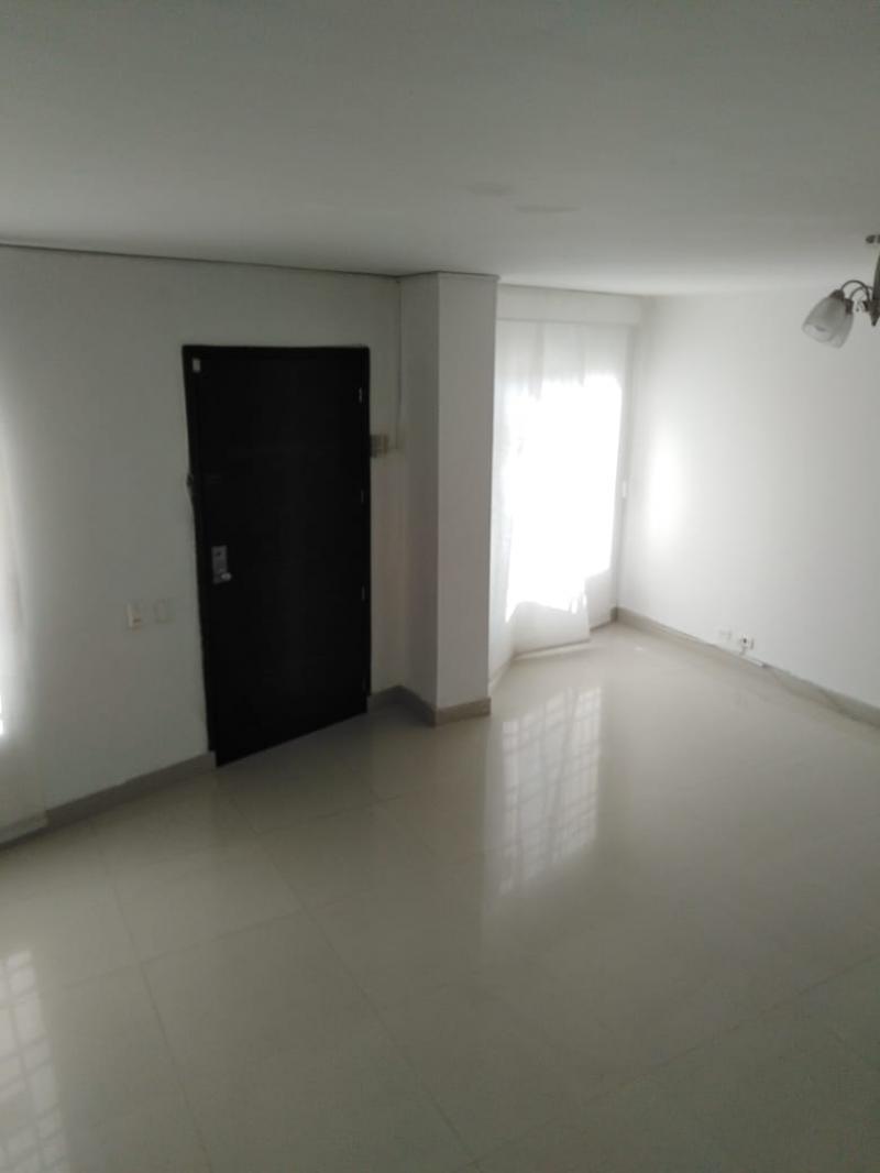 Imagen https://pictures.domus.la/inmobiliaria_301/86482_8_40223543.jpeg