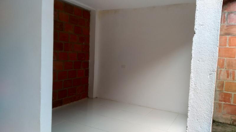Imagen https://pictures.domus.la/inmobiliaria_301/86615_1_74287927.jpg