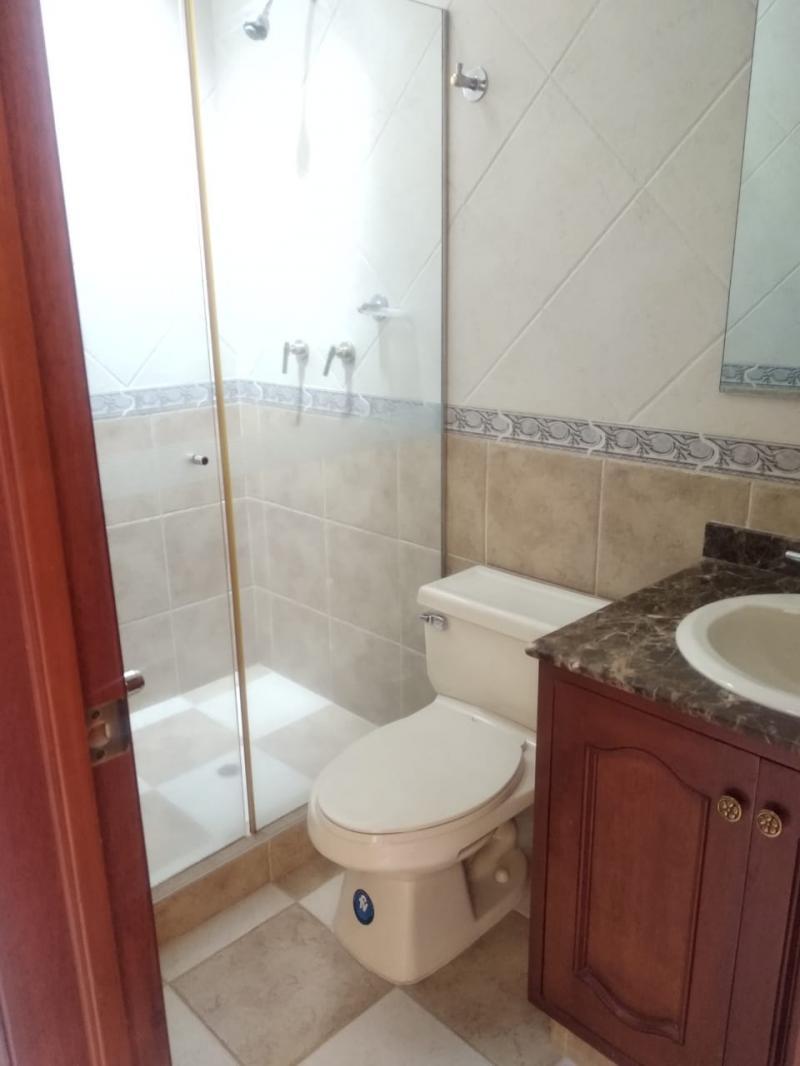 Imagen https://pictures.domus.la/inmobiliaria_301/87206_0_21590020.jpeg