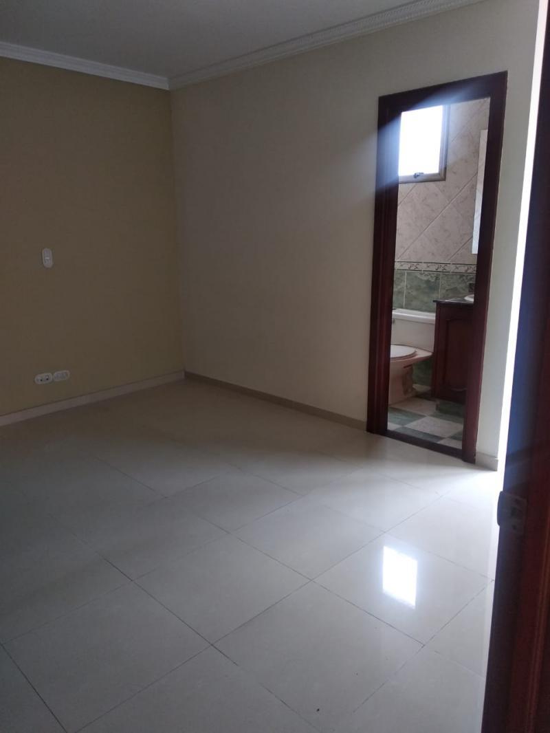 Imagen https://pictures.domus.la/inmobiliaria_301/87206_14_36095041.jpeg