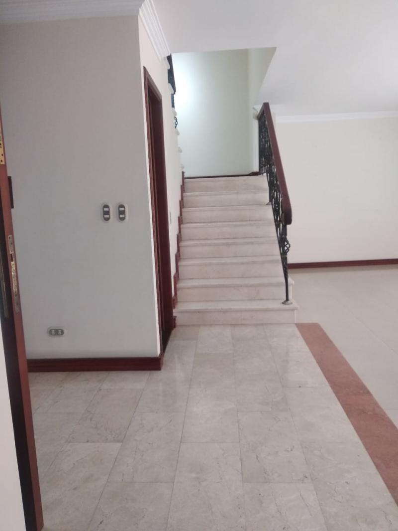 Imagen https://pictures.domus.la/inmobiliaria_301/87206_1_64433200.jpeg
