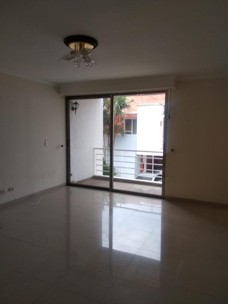 Imagen https://pictures.domus.la/inmobiliaria_301/87206_27_94492032.jpeg