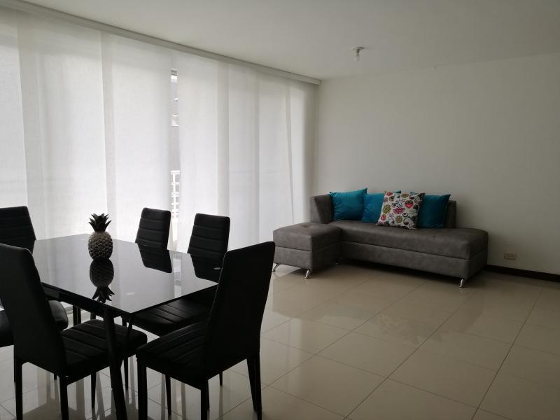 Imagen https://pictures.domus.la/inmobiliaria_301/87234_11_97039316.jpg