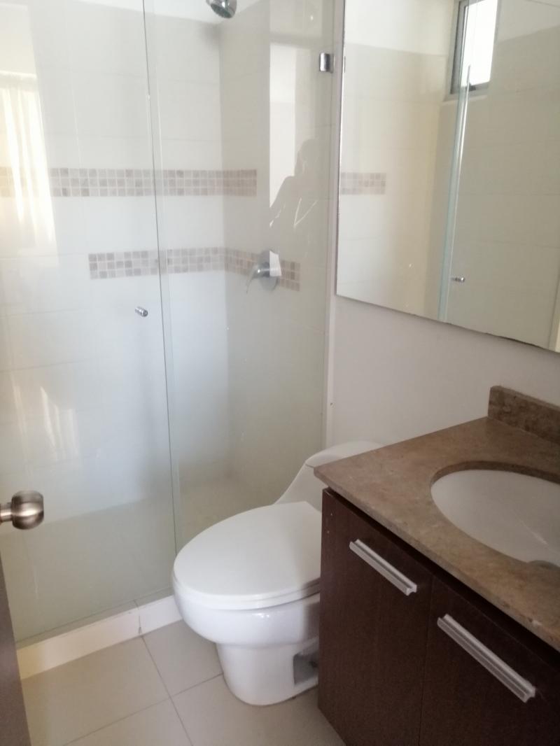 Imagen https://pictures.domus.la/inmobiliaria_301/87234_16_10194747.jpg