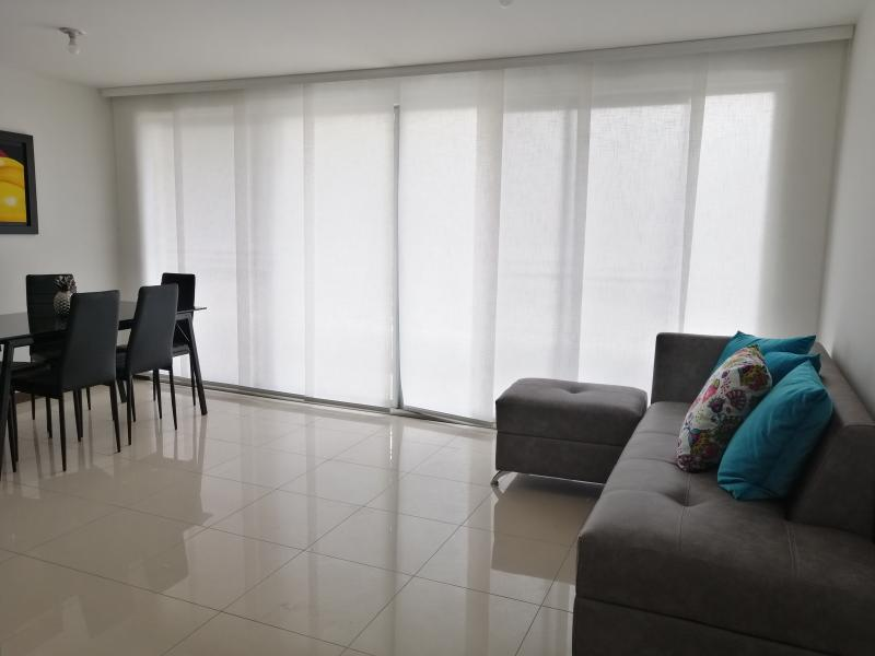 Imagen https://pictures.domus.la/inmobiliaria_301/87234_4_76361334.jpg