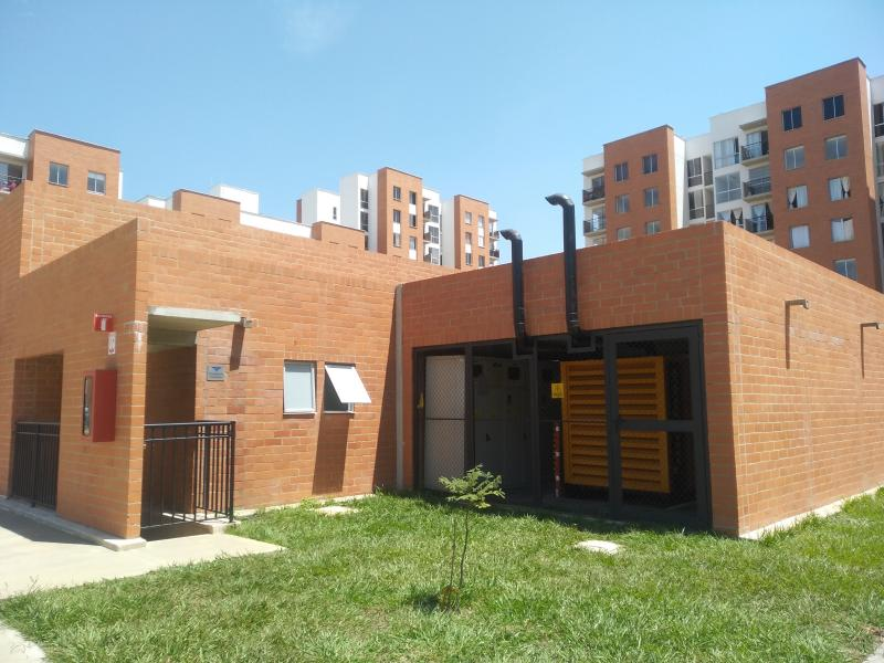 Imagen https://pictures.domus.la/inmobiliaria_301/87726_24_28567445.jpg