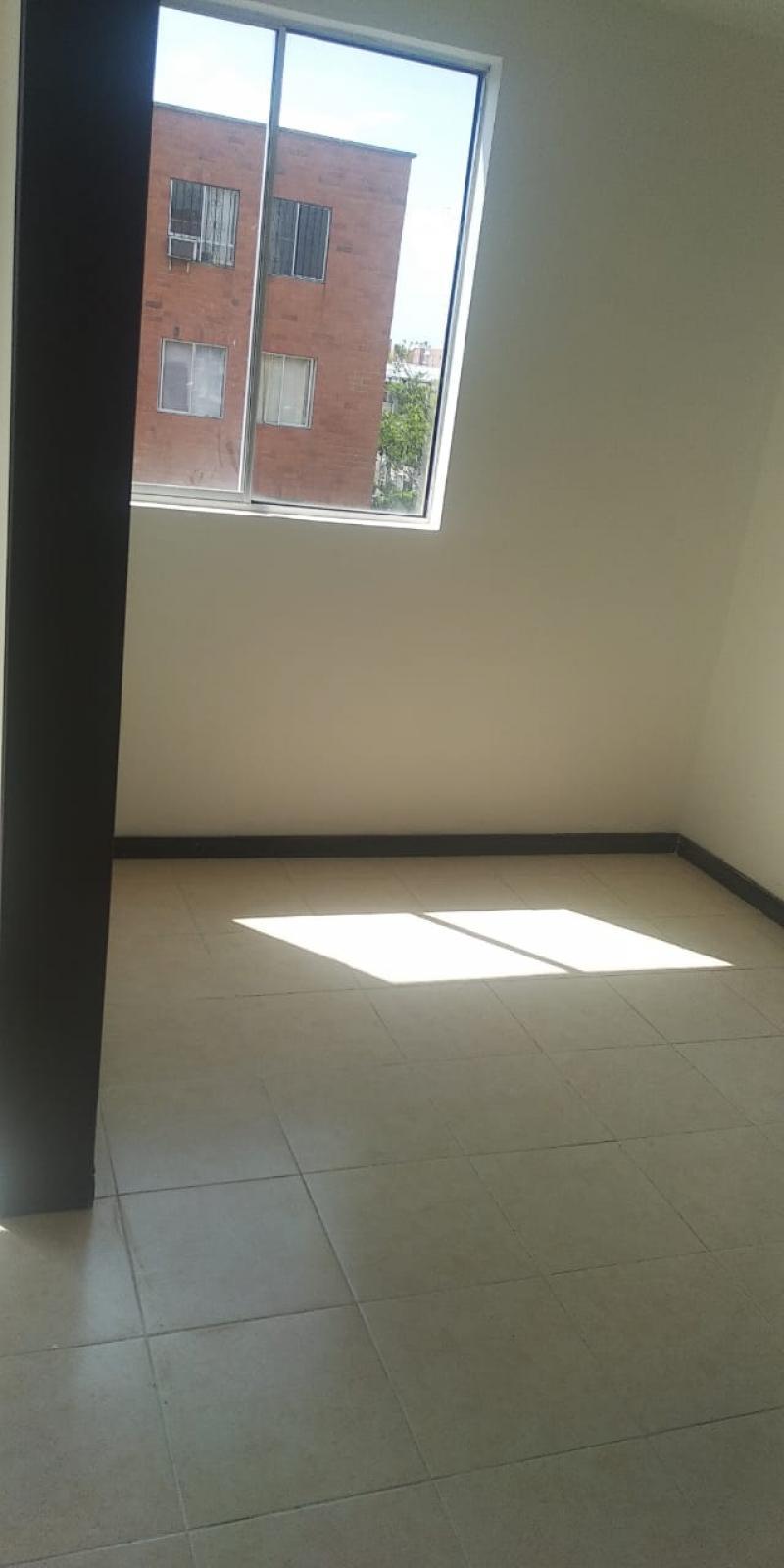 Imagen https://pictures.domus.la/inmobiliaria_301/87785_23_115313405.jpeg