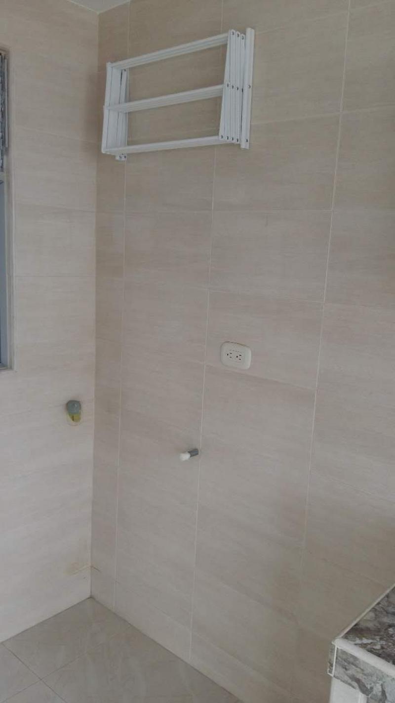 Imagen https://pictures.domus.la/inmobiliaria_301/87810_1_52743787.jpg