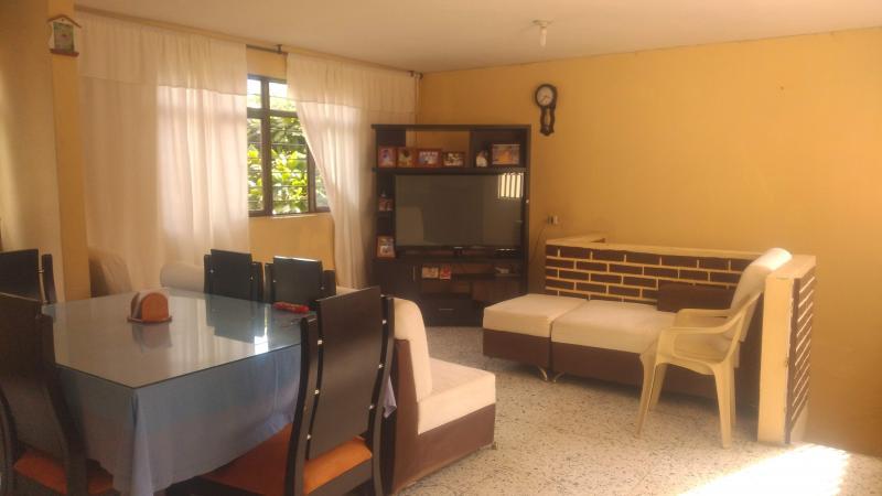 Imagen https://pictures.domus.la/inmobiliaria_301/87852_11_44599080.jpg