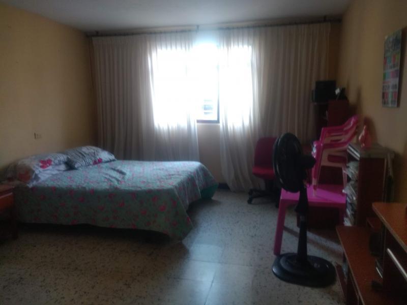 Imagen https://pictures.domus.la/inmobiliaria_301/87852_6_25031483.jpg