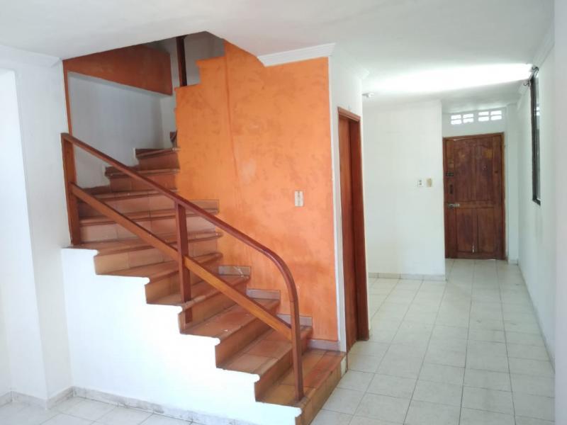 Imagen https://pictures.domus.la/inmobiliaria_301/87855_1_46304093.jpeg