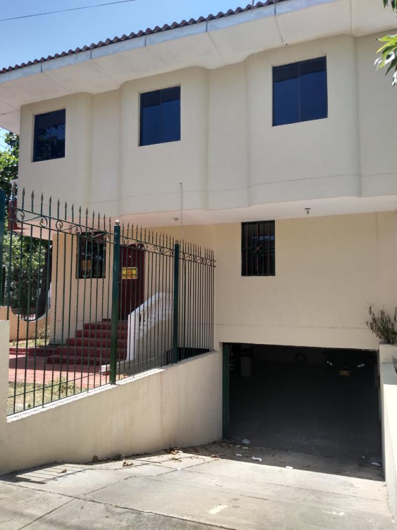 Imagen https://pictures.domus.la/inmobiliaria_301/87855_21_20463477.jpeg