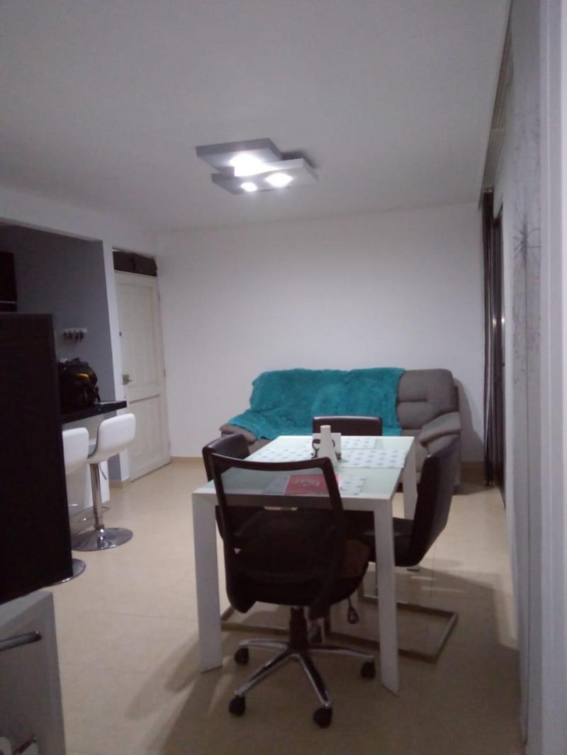 Imagen https://pictures.domus.la/inmobiliaria_301/87864_11_118681680.jpg